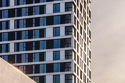 Stuttgart「Germany, Stuttgart, modern apartment tower, partial view」:スマホ壁紙(2)