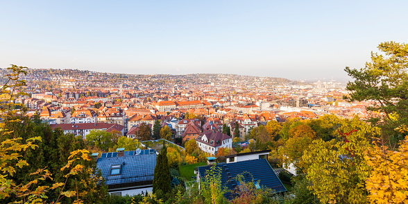 バーデン・ビュルテンベルク州「Germany, Stuttgart, View over the Western part of the city」:スマホ壁紙(7)