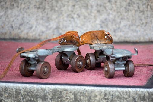 Roller skate「Pair of roller skates.」:スマホ壁紙(14)