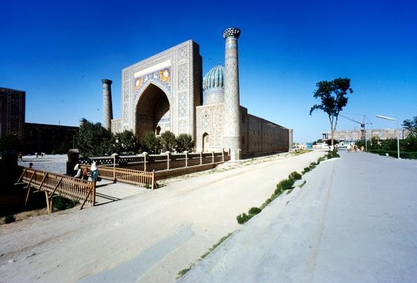 Uzbekistan「Shir-Dar Madrasa」:写真・画像(4)[壁紙.com]
