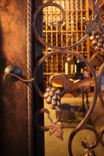 Basement「Intricate wine cellar door.」:スマホ壁紙(7)