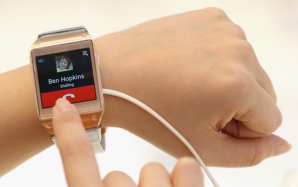 Smart Watch「IFA 2013 Consumer Electronics Trade Fair」:写真・画像(6)[壁紙.com]
