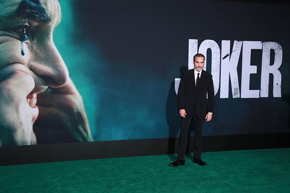 """Film Industry「Premiere Of Warner Bros Pictures """"Joker"""" - Arrivals」:写真・画像(7)[壁紙.com]"""