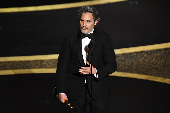 Receiving「92nd Annual Academy Awards - Show」:写真・画像(1)[壁紙.com]
