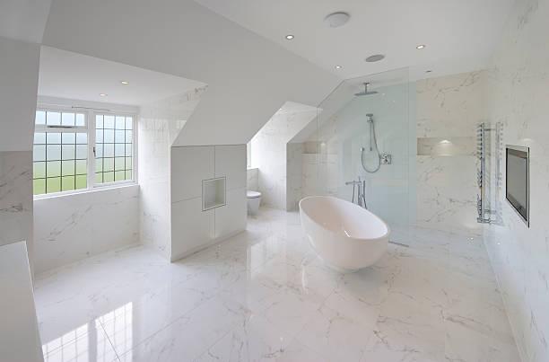 白い大理石のバスルーム:スマホ壁紙(壁紙.com)