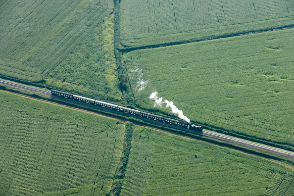 Rustic「Steam Train On The West Somerset Railway Near Dunster」:写真・画像(16)[壁紙.com]