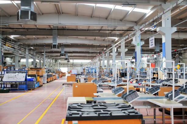 Manufacturing factory:スマホ壁紙(壁紙.com)