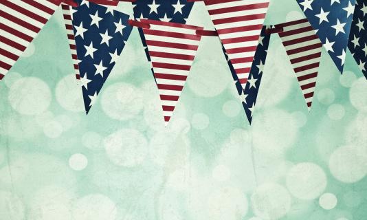 Fourth of July「Grungy American Flag Banners」:スマホ壁紙(5)
