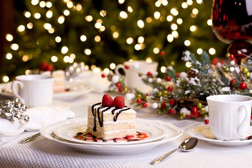 Cake「Holiday Dining (XXL)」:スマホ壁紙(12)