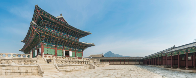 South Korea「Seoul Gyeongbokgung ornate traditional architecture panorama Korea」:スマホ壁紙(17)