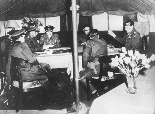 Surrendering「German Surrender」:写真・画像(14)[壁紙.com]