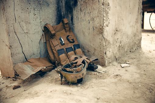 Bulletproof「Vest, equipment and helmet worn by US Marines.」:スマホ壁紙(7)