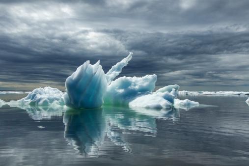 Churchill - Manitoba「Melting Icebergs, Hudson Bay, Canada」:スマホ壁紙(12)
