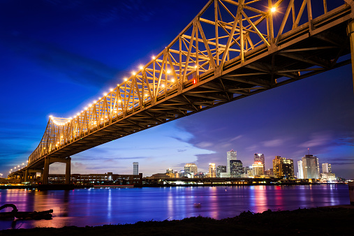 Saturated Color「New Orleans Skyline at Night, Louisiana, USA」:スマホ壁紙(2)