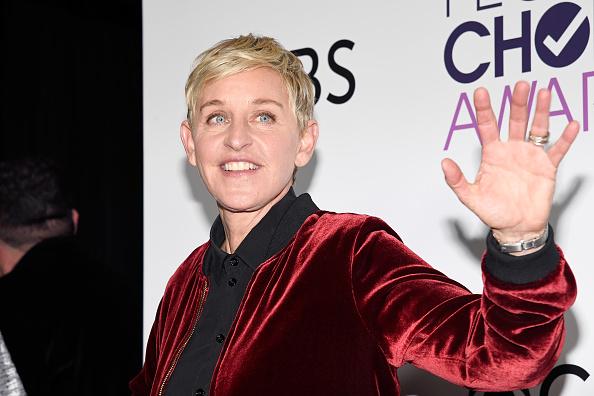 Smiling「People's Choice Awards 2017 - Press Room」:写真・画像(7)[壁紙.com]