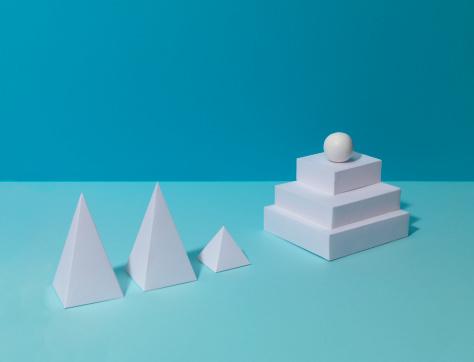 Pyramid Shape「Shapes with Plinth」:スマホ壁紙(16)