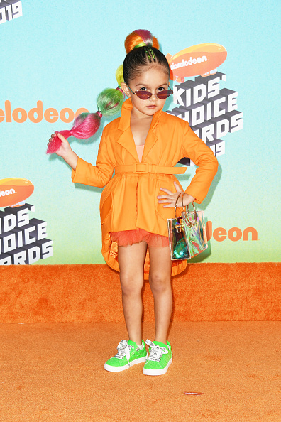 靴「Nickelodeon's 2019 Kids' Choice Awards - Arrivals」:写真・画像(15)[壁紙.com]