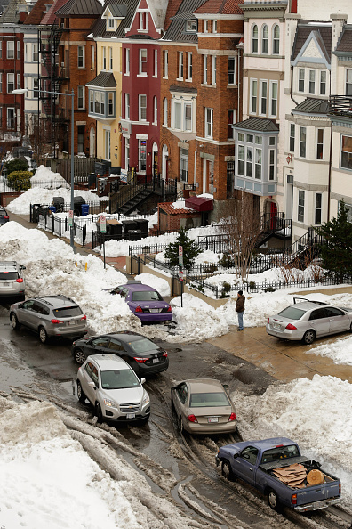 2016 Winter Storm Jonas「Washington, D.C. Area Continues To Dig Out From Historic Snow Storm」:写真・画像(13)[壁紙.com]