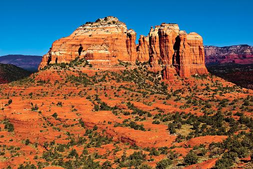 Sedona「USA, Arizona, Yavapai County, Sedona, Cathedral Rock viewed from Hiline Trail Vista east side」:スマホ壁紙(15)
