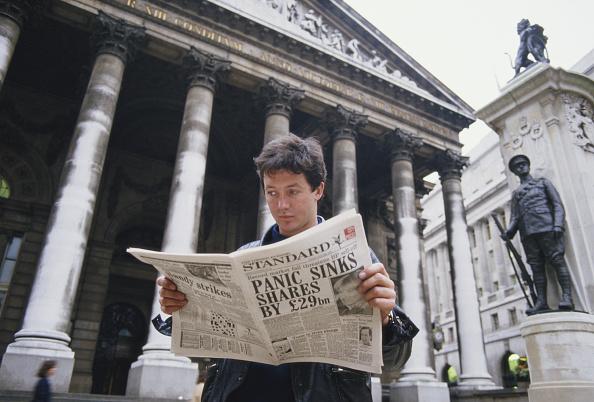Finance「Panic Sinks Shares」:写真・画像(7)[壁紙.com]