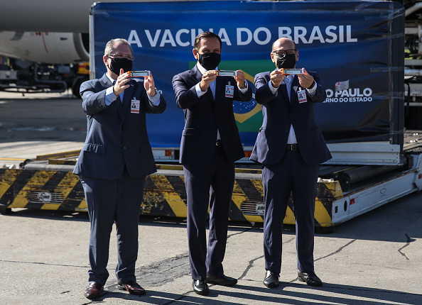 Infectious Disease「Sao Paulo Governor Joao Doria Participates in the Arrival of the Third Shipping of the Coronavac Vaccine Amidst the Coronavirus (COVID -19) Pandemic」:写真・画像(12)[壁紙.com]