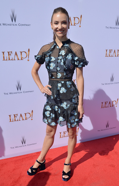 レッドカーペット「Premiere Of The Weinstein Company's 'Leap!' - Arrivals」:写真・画像(18)[壁紙.com]