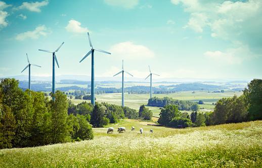 Wind Turbine「Wind turbine propellers in the landscape」:スマホ壁紙(2)