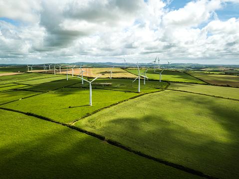 Power Supply「Wind turbine fields in UK」:スマホ壁紙(18)