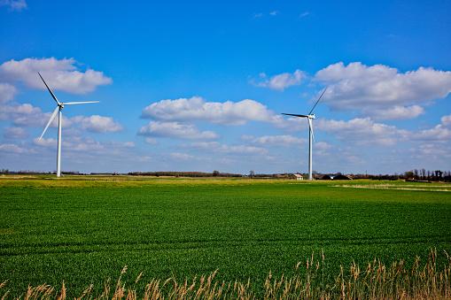 マン島「Wind Turbines」:スマホ壁紙(0)