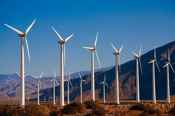 Wind turbines near Palm Springs, CA:スマホ壁紙(壁紙.com)