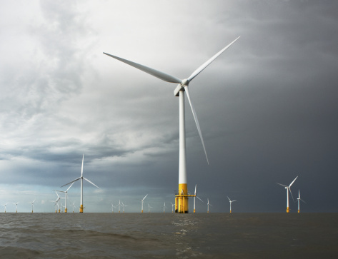 Wind Turbine「Wind Turbines In The Sea」:スマホ壁紙(7)