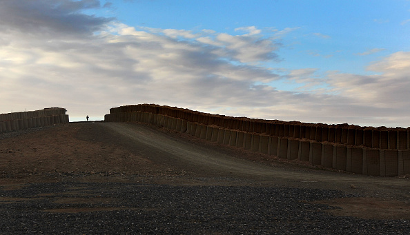 John Moore「U.S. Troops Conduct Military Operations In Kandahar Province」:写真・画像(14)[壁紙.com]