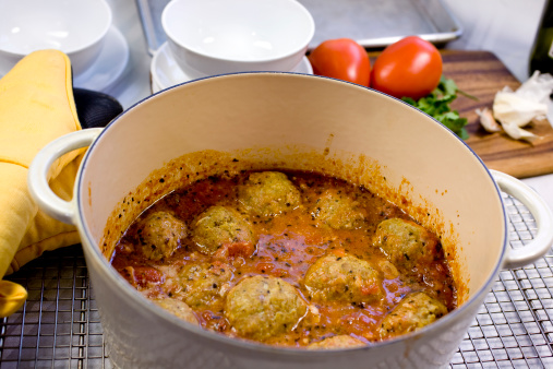 Indigestion「A pot of spicy meatballs」:スマホ壁紙(18)