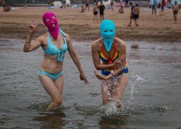 水着「China's Face-kini Becomes Unlikely Global Fashion Hit」:写真・画像(6)[壁紙.com]