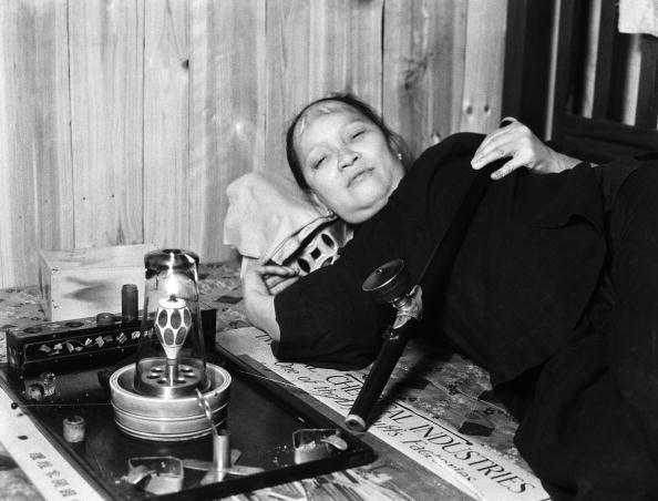 20th Century「Opium addict」:写真・画像(4)[壁紙.com]
