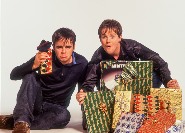 Gift「Ant And Dec Christmas」:写真・画像(1)[壁紙.com]
