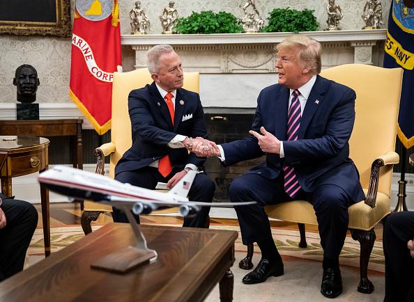 Drew Angerer「President Trump Meets With NJ Congressman Jeff Van Drew」:写真・画像(7)[壁紙.com]