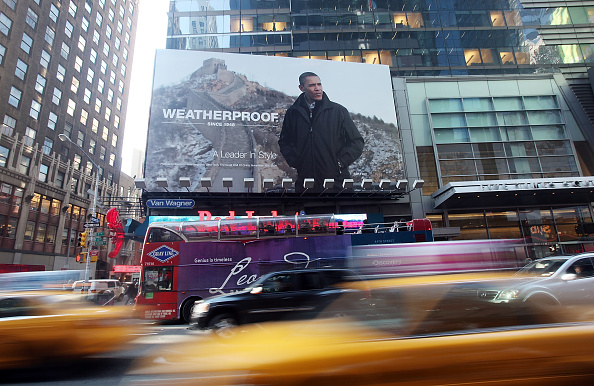 Billboard「Obama Photo Used In Unauthorized Times Square Advertisement」:写真・画像(11)[壁紙.com]