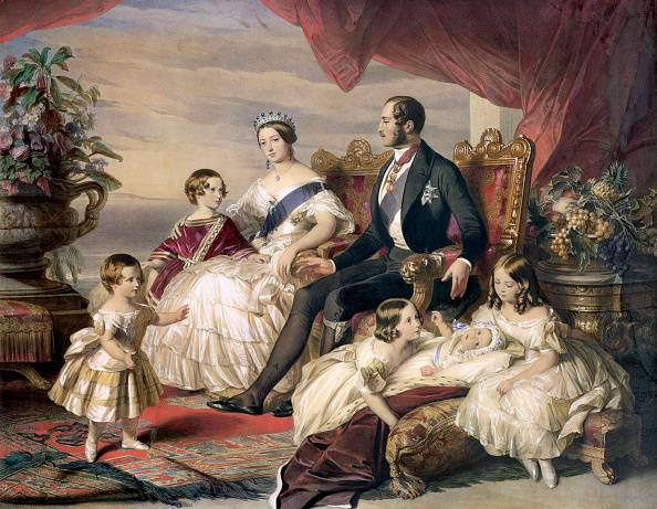 1840-1849「Queen Victoria And Prince Albert With Five Of Their Children' 1846」:写真・画像(0)[壁紙.com]