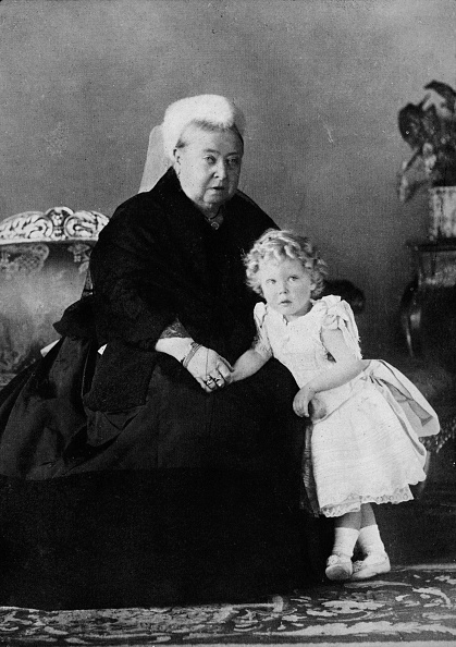 Black Color「Queen Victoria and Edward VIII」:写真・画像(7)[壁紙.com]