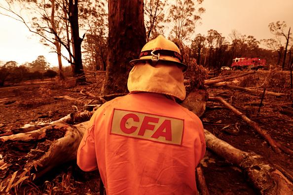 オーストラリア「Evacuations Continue Across East Gippsland As State Of Disaster Is Declared」:写真・画像(18)[壁紙.com]