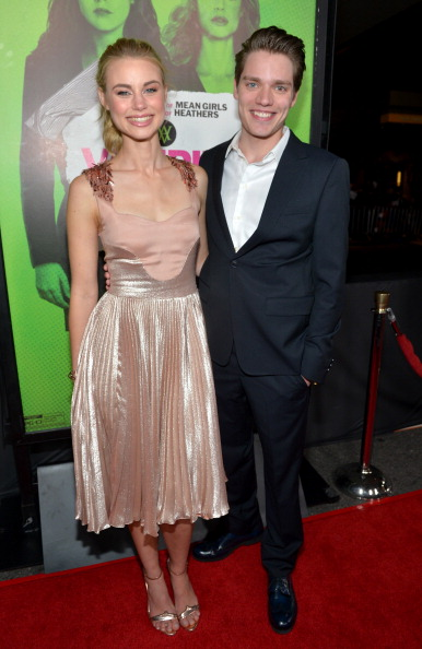 """Nude Colored Dress「The Weinstein Company Presents The LA Premiere Of """"Vampire Academy"""" - Red Carpet」:写真・画像(16)[壁紙.com]"""