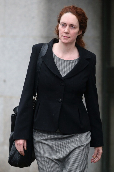 Corporate Business「Rebekah Brooks, Andy Coulson And Others Arrive At Court To Enter Their Pleas On Bribery Of Officials Charges」:写真・画像(5)[壁紙.com]