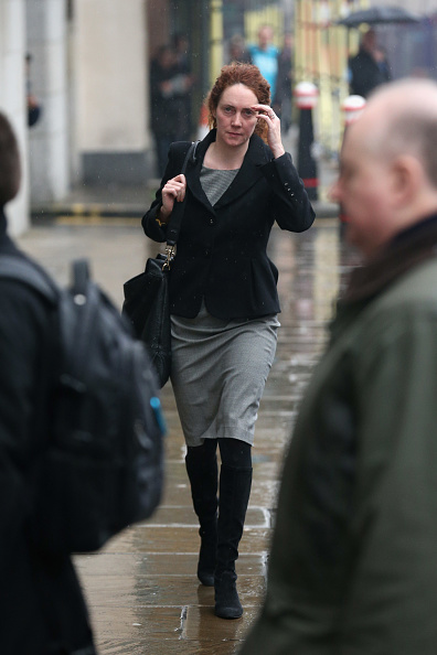 Corporate Business「Rebekah Brooks, Andy Coulson And Others Arrive At Court To Enter Their Pleas On Bribery Of Officials Charges」:写真・画像(2)[壁紙.com]