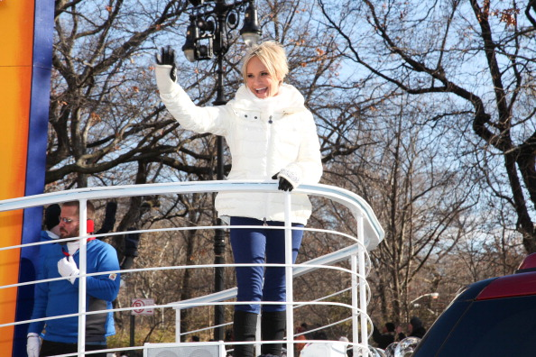 Rob Kim「Quantum Of The Seas Godmother Kristin Chenoweth Sails Down The Streets Of New York Onboard Royal Caribbeans New Float」:写真・画像(6)[壁紙.com]