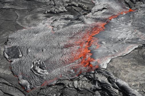 Basalt「February 8, 2008 - Overflowing lava lake, Erta Ale volcano, Danakil Depression, Ethiopia.」:スマホ壁紙(2)