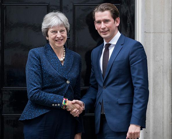 John Downing「Theresa May Meets The Austrian Austrian Chancellor Sebastian Kurz」:写真・画像(4)[壁紙.com]