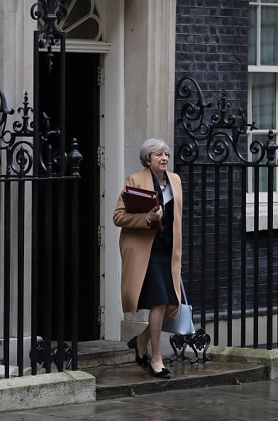 Finance and Economy「Theresa May Leaves Downing Street For Prime Minister's Questions Ahead Of The 2017 Budget」:写真・画像(0)[壁紙.com]