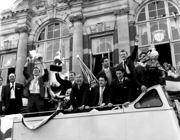 Double-Decker Bus「Tottenham  Trophy」:写真・画像(2)[壁紙.com]