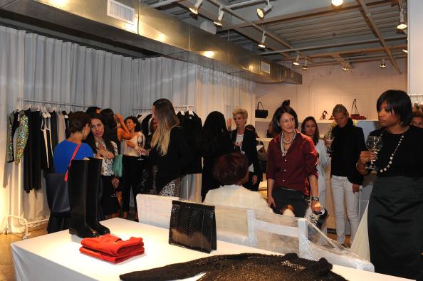 "Condiment「Maison Martin Margiela & Relish Join Forces For ""Tabi Shoe Maker"" Exhibition」:写真・画像(10)[壁紙.com]"